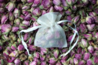 Mini organza bud bag wedding favour