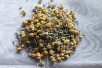 Dried lavender & chamomile soothing mix bulk