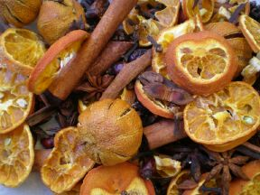 Handmade Christmas potpourri OFFER!