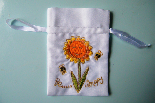 Embroidered gift bag Happy empty