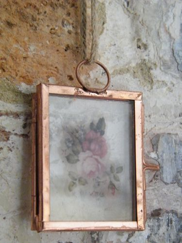 Mini hanging pressed flower frame empty copper colour