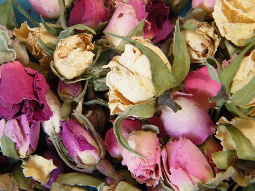 Rosebuds dried mixed