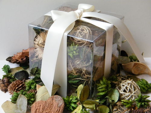 Woodland Walk potpourri gift box