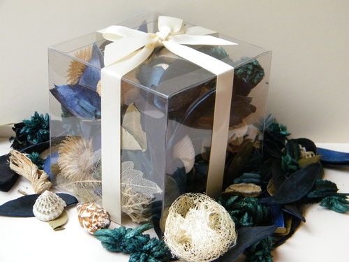 Seaspray Bay potpourri gift box