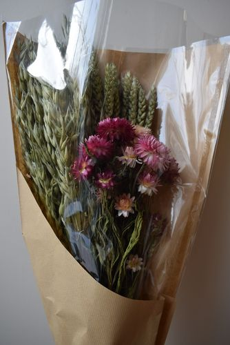 Mixed dried flower bouquet with helichrysum