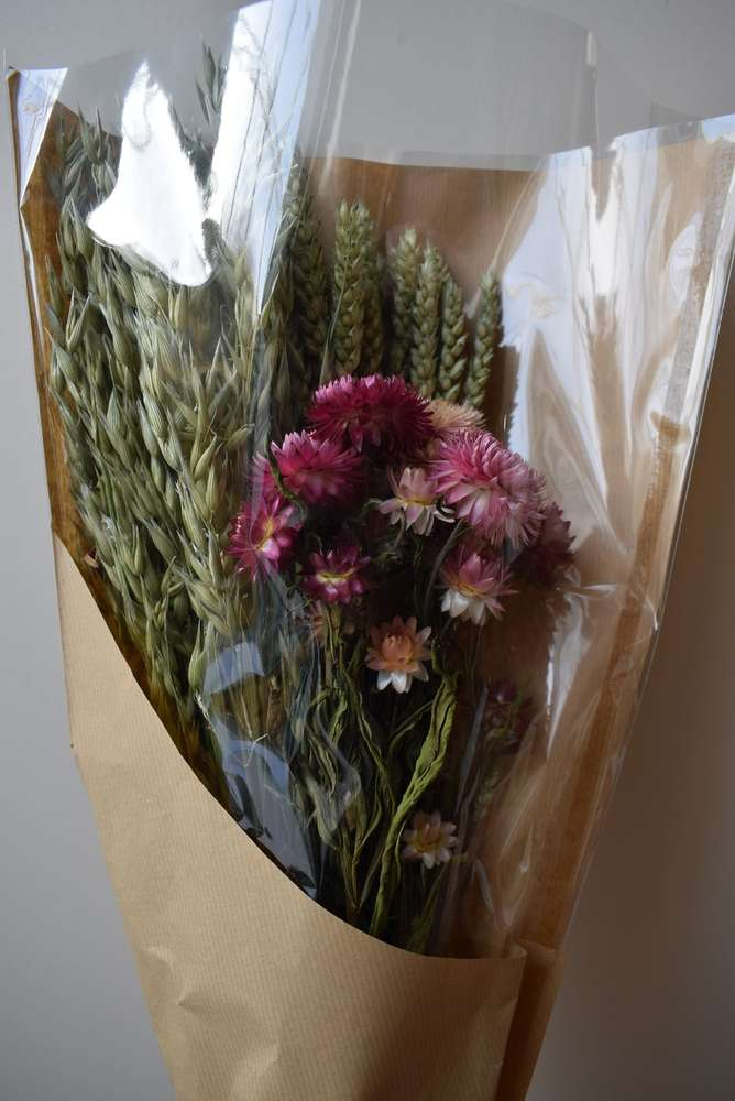 Mixed dried flower bouquet with helichrysum - Daisyshop