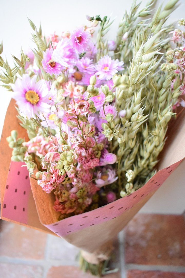 Large mixed dried flower bouquet pink - Daisyshop dried flowers