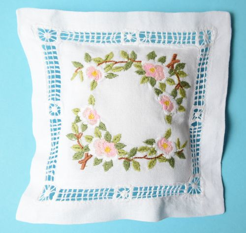 Rose scented cushion 15cm embroidered