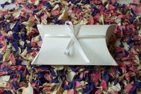 Wholesale wedding favours