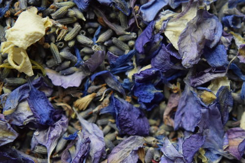 Fragrant blues petal confetti mix - litre