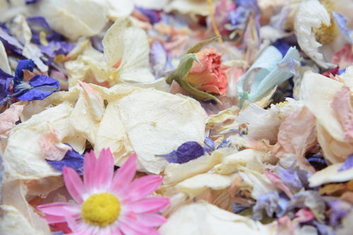 Pastel petal confetti mix - Winter Offer - litre