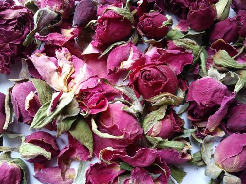 Dried rose buds dark pink, bulk packs