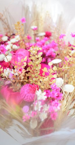 Mixed dried flower bouquet pink