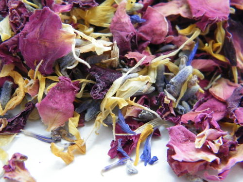 Cornflower mix confetti with marigold petals - litre