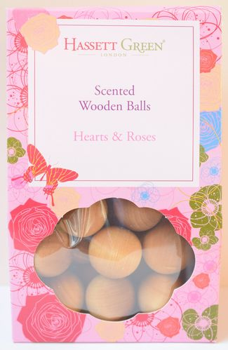 Hearts and Roses scented wooden balls gift pack